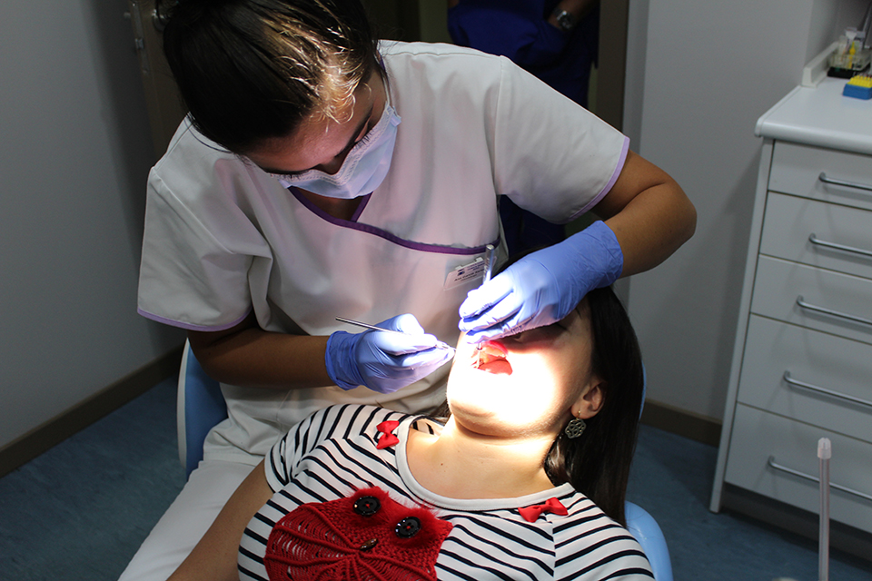 clinica-dental-bueu-dentista-anibal-morrazo (19)